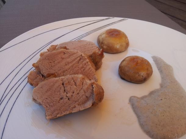 Solomillo de cerdo asado con salsa de champi ones recetas - Solomillo a la pimienta al horno ...