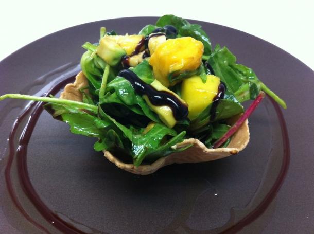 Ensalada de verano de brotes con mango y aguacate recetas - Ensaladas gourmet faciles ...
