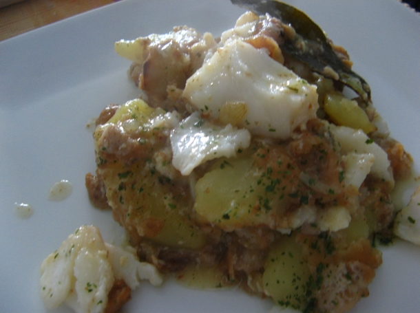 Patatas con bacalao recetas de cocina en kukers - Patatas en caldo con bacalao ...